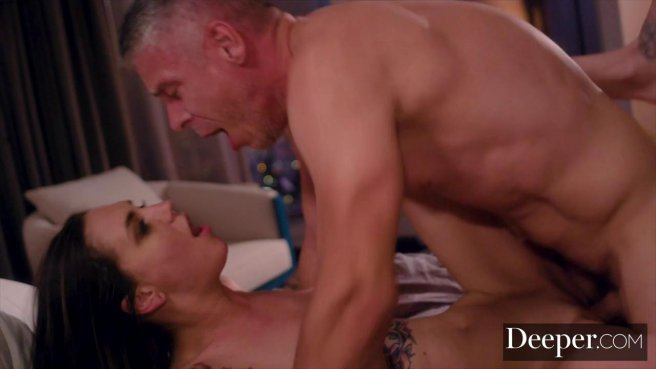 Мужик устроил секс-измену в обед на съемной квартире с ассистенткой #10