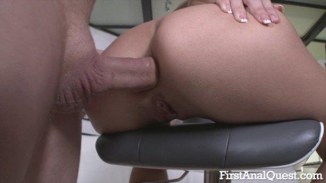Качок получил на день рождение первый анальный секс с любимой #5