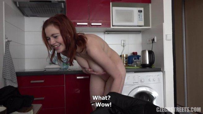 Рыжая девушка-музыкант прыгает на хую репетитора до спермы #3