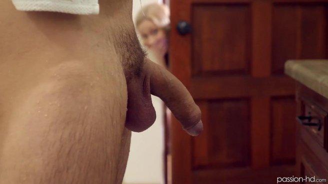 Блондинка получила сперму в рот после классного секса в позе наездницы #1